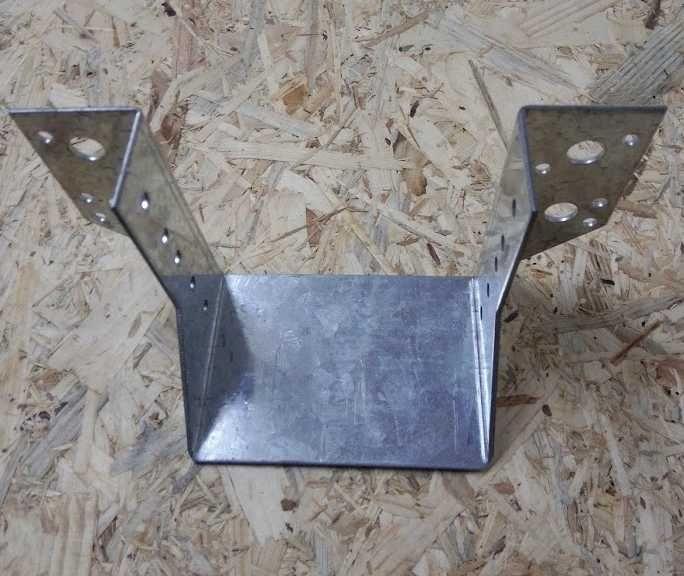 Trámová botka / třmen vnější 140x140mm Zn