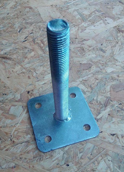 Patka dřevěného pilíře bez vrchní desky 200xM24
