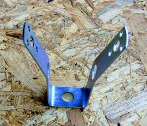 Trapézový závěs s otvorem 13mm pro šroub, 110x25mm