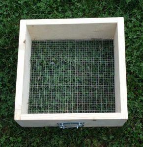 síto na prosévání kompostu oko 10 x 10 mm