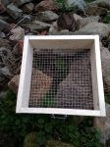 Fotogalerie  Prosévačka kompostu s oky 16x16 mm